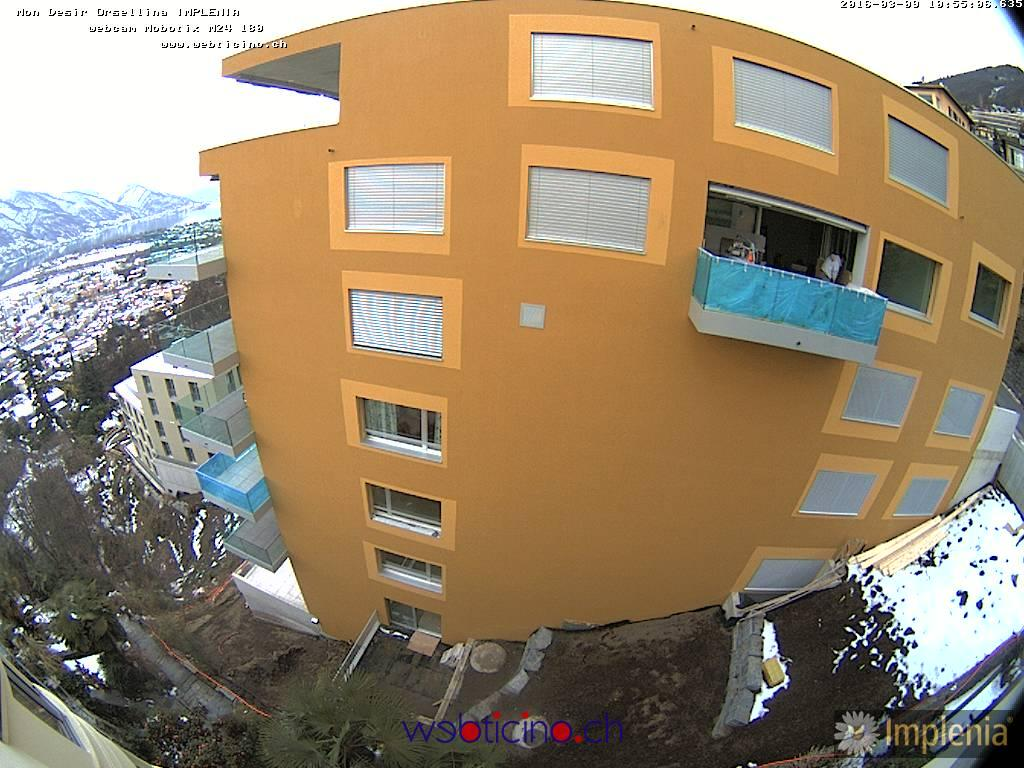 http://www.webcamticino.ch/orselina/gallery/thumb.php?img=img/webcam/current.jpg&size=800